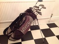 Set of Golf Clubs and carry bag