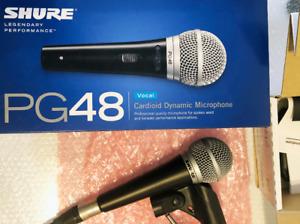 Microphone Shure + console Behringer + 2 X Câbles Digiflex