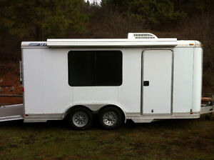 Featherlite Aluminum Enclosed Car hauler $12,000