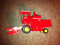 Vintage Collectable 1970's Massey Ferguson 760 Combine Harvester