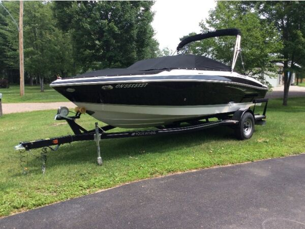 Used 2013 Four Winns Horizon 200