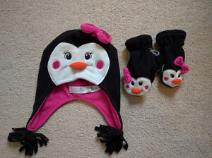 Penguin Hat and Mitts - Toddler Size