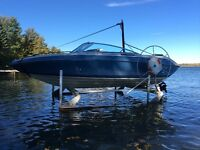 1989 Four Winns 180 w/optional boat lift