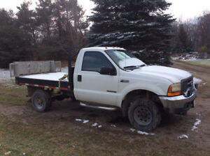 2000 Ford F-350 flatbed with electric tailgate