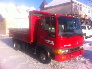 Hino FB Camion Dompeur 6 Roues