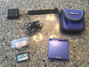 Game boy Advance SP avec 2 jeux Super Mario et étui voyage