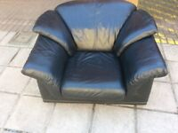 Really comfy leather arm chair.