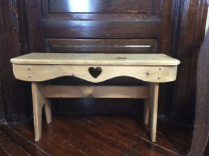 RUSTIC PINE BENCH COULD BE USED AS A SIDE TABLE TOO. VERY CUTE