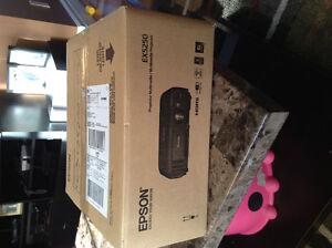 Epson EX5250 tv projector