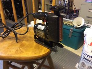 Power tools; circular saw, jig saw, sander.