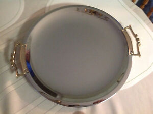 Serving tray - round, silver and gold plated.