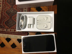 Brand new iPhone 6S 32g on bell still in box