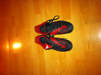 Indoor Soccer Shoes, Mens Adidas Predators, size 9.5!