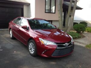2015 Toyota Camry LE Berline 4 cyl.