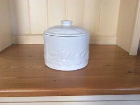 Ceramic airtight storage container