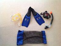 Kids mask, snorkel and flipper set