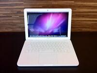 Apple Macbook Unibody Mid. 2010  449$