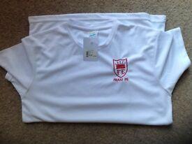 Framingham Earl red logo PE shirt