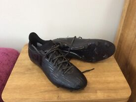 ADIDAS 16.3 X FIRM GROUND FOOTBALL BOOTS - SIZE 9