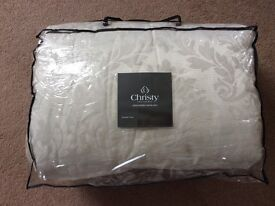 Single Bed throw bedspread Champagne colour by Christy England 1850
