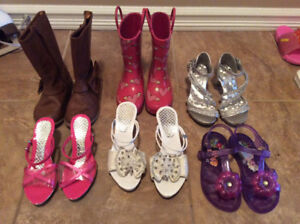 Girls sandals $2 each shoes and boots $5 each