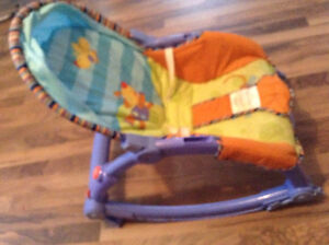 Selling baby rest chair for only 20$