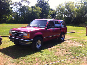 1992 Ford Explorer SUV, Crossover