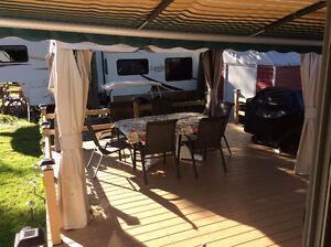 Belle roulotte conquest 36 pieds au camping panoramique a portne