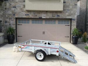 4 feet X 6 feet trailer with EZ loading ramp