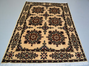 4'9X3'3 ft Floral Handmade Spun Wool Rug, Authentic High Quality