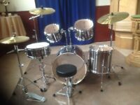 5 Piece Pearl Export Drum Kit With Sabian Cymbals