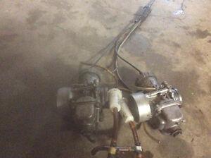 Carburateurs Mikuni Vm 40 , avec cables $125  Besoin d etre nett
