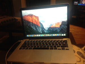 MINT condition late 2013 MacBook Pro RETINA