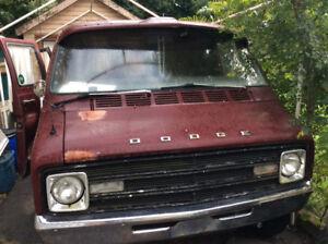 1972 Dodge B 10 van