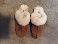 Ugg Size 8 Slippers