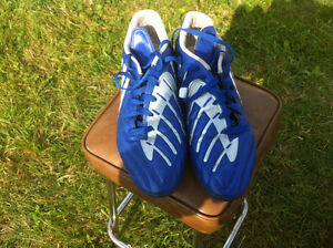 Adidas Traxion Soccer Cleats Size 11 $40