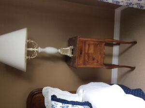 Beau mobilier antique de chambre à coucher