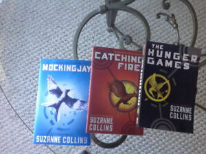 The hunger games 3 book collection