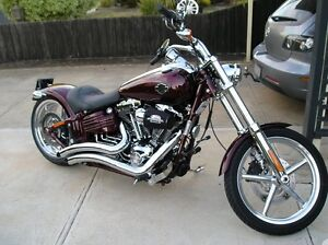 Harley rocker seat and rear fender new condition