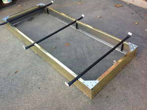 SINGLE BED FRAME BASE WITH METAL SUPPORT BARS