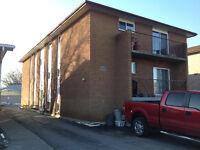 2 Bdrm Apt,ground floor,6-Plex,Great Location