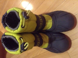 Size 12 Sorel winter boots