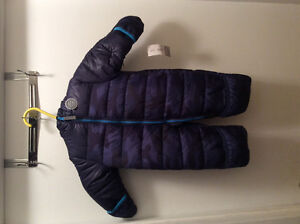 Carters Baby boys size 6-9 month snowsuit