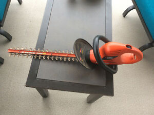 Black and Decker Hedge Hog 20 trimmer