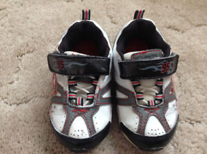 8b800c0a5601 Shoes Size 7 Toddler   Kijiji in Winnipeg. - Buy, Sell & Save with ...