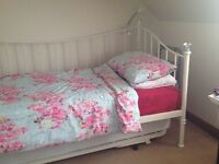 Single bed / day bed + more