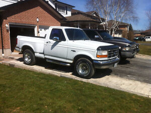 Ford  XLT special additon Flare Side Pickup Truck