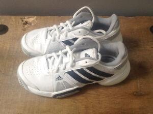 Souliers de tennis Adidas pour filles