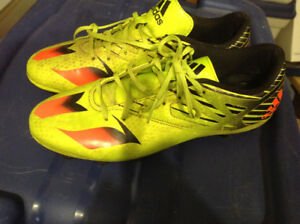 Adidas soccer cleats men's size 9
