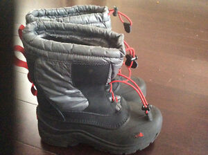 North Face boys winter boots